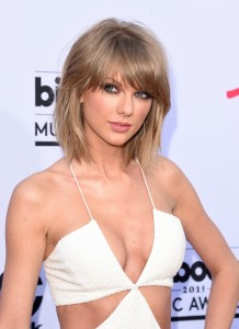 Taylor Swift beautiful woman