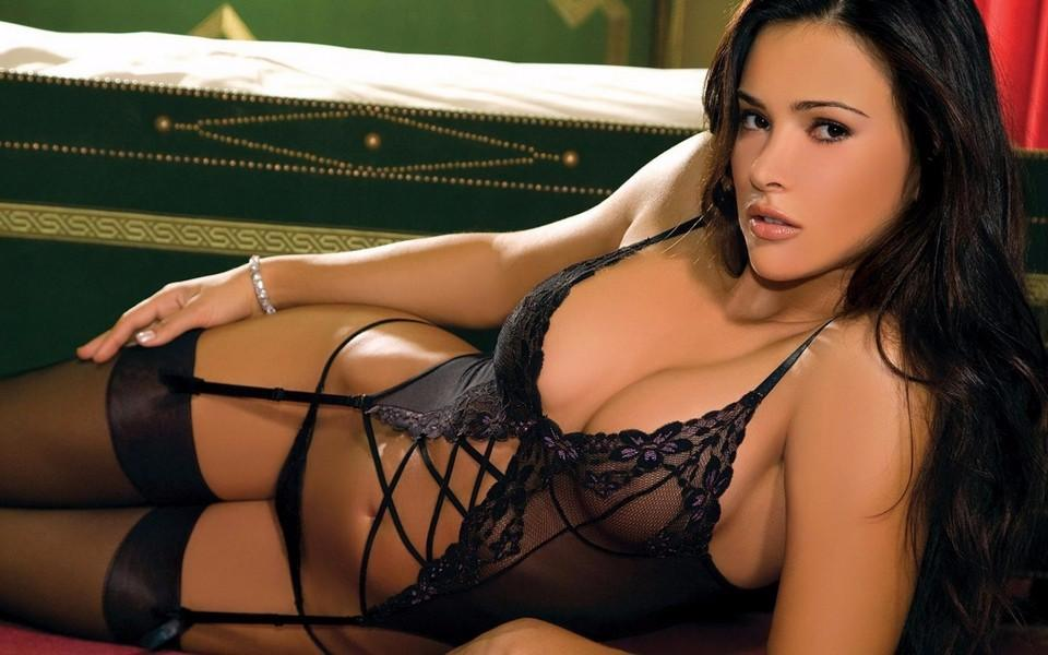 Women in Sexy Lingerie