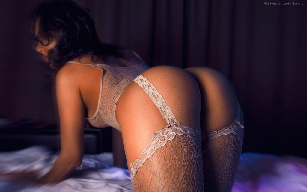 Sexy woman Surrey escorts