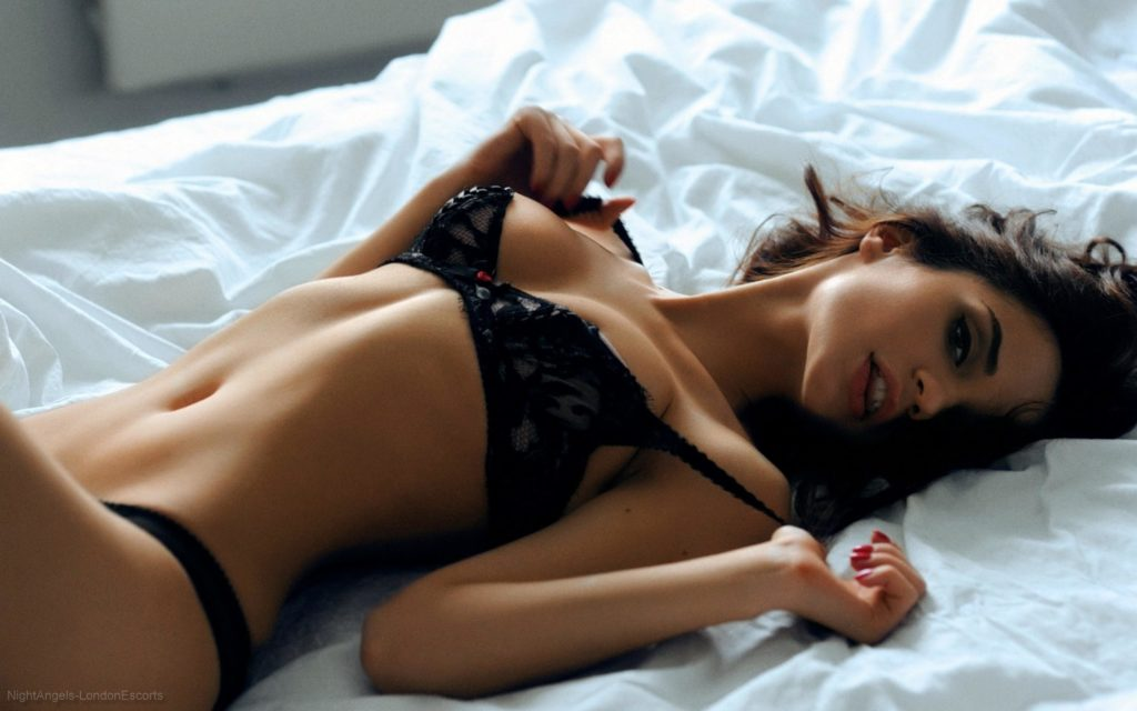 Kingston escorts in bed no strings attached